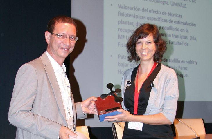 La fisioterapeuta María Luz Sánchez, IX premio IBV de Valoración Funcional por su estudio sobre técnicas efectivas para recuperar la marcha tras un ictus