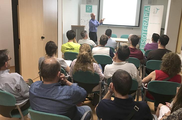 """Presentación en la sede  del ICOFCV del libro """"Cervicobraquialgias de origen odontológico"""""""